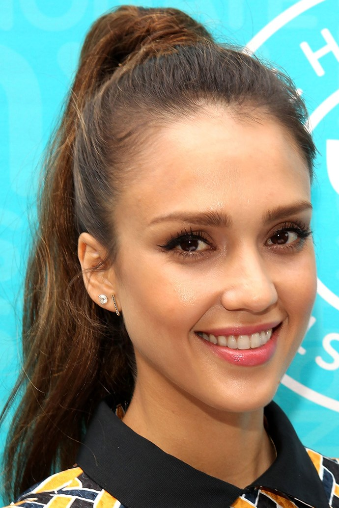 A fresh-faced Jessica Alba appears effortlessly youthful with a mussed high pony – something any long-haired lass can achieve in the summer heat.