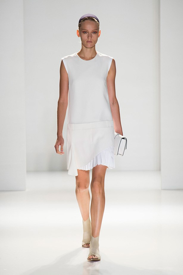 <strong>The shift dress<br></strong> The '60s classic is back, more flattering than ever. Keep detail and embellishment to a minimum and go for optical white.<br> Look to: Victoria Beckham<br>