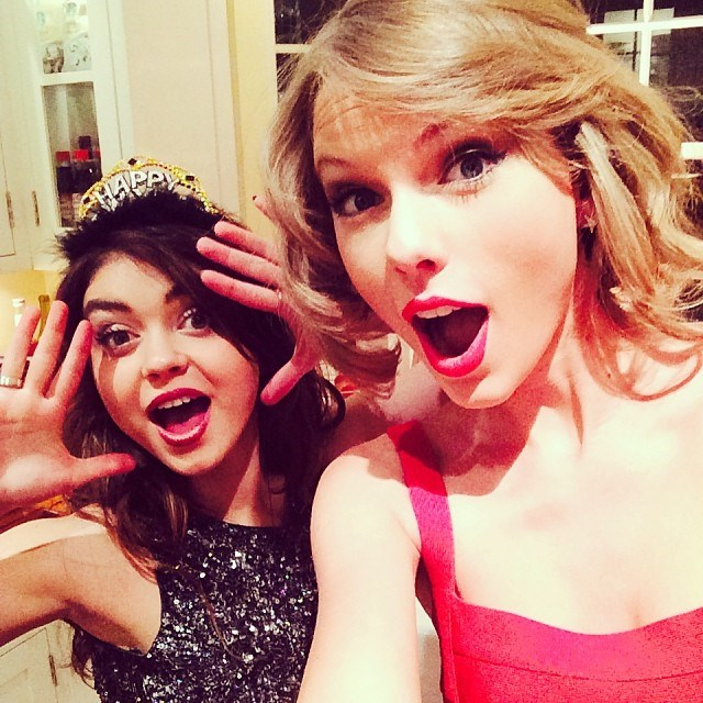 Taylor Swift rung in the New Year with <em>Modern Family</em>'s Sarah Hyland (@taylorswift).
