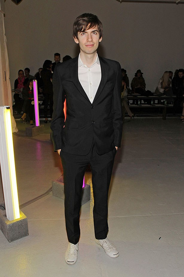 <p><strong>WHO</strong>: David Karp, 27.</p> <p><strong>WHAT</strong>: Founded Tumblr.</p> <p><strong>NET WORTH</strong>: $200m.</p> <p><strong>RELATIONSHIP STATUS</strong>: Lives in NY with girlfriend Rachel Eakley, who he's been dating since 2011. They share a bulldog named Clark.</p> <p><strong>MARKET VALUE</strong>: 4/5 Tinder flames.</p>
