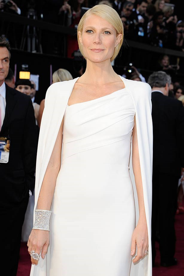 """<strong>Gwyneth Paltrow</strong><br> Would you just look at the frosting on her wrist?! The lifestyle queen's Tom Ford ensemble may have been the talk of the town but it shared attention with her stunning Anna Hu Haute Joaillerie """"Hearts of Winter"""" cuff bracelet, which was made of 2,368 rose-cut diamonds totalling 163 carats and worth a cool $1 million. The """"Duchess Hibiscus Ring"""" she wore is cheap in comparison, valued at $160,000."""