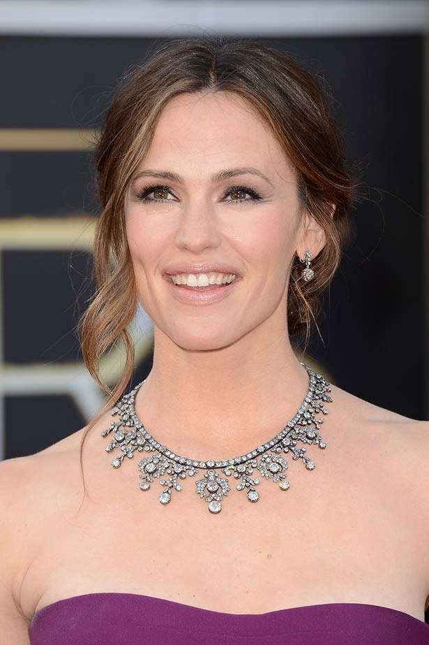 <strong>Jennifer Garner</strong><br> Ben Affleck's other half rocked $2.5 million of diamond jewelry from Neil Lane, including a 200-carat diamond necklace in darkened platinum, at the 2013 Oscars. They must have been a lucky charm because her husband's film <em>Argo</em> took out Best Picture.