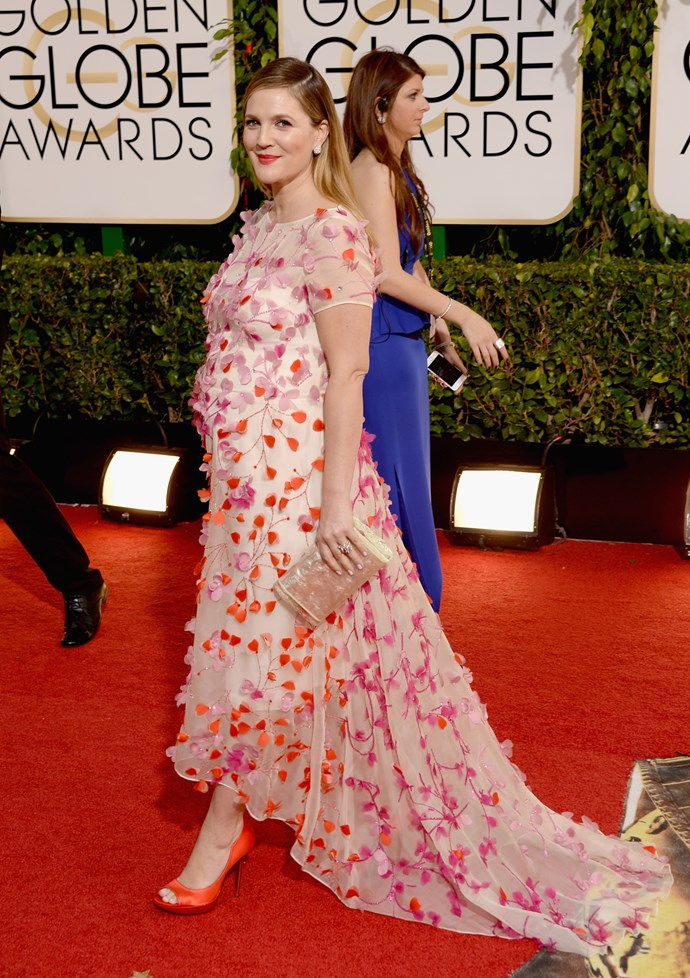 Drew Barrymore wears a pink Monique Lhuillier gown with speckled embellishment at the 2014 Golden Globe Awards.