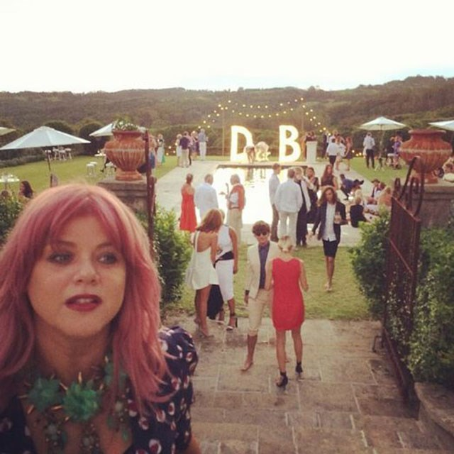 """<strong>@valonzhaircutters</strong><br> """"Breathtaking wedding @bambilegit,"""" hairstylist Renya Xydis captioned a selfie taken at the reception."""