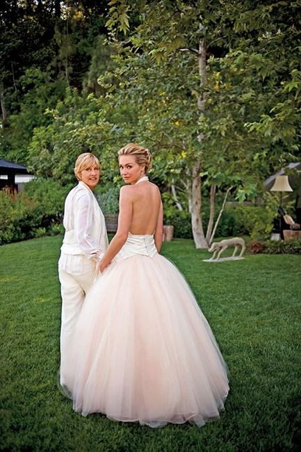 Portia de Rossi For her intimate 2008 backyard wedding to our favourite talk show host, Ellen, Portia chose a stunning backless, halter-style Zac Posen creation with pale pink ballerina skirt. Gorgeous!