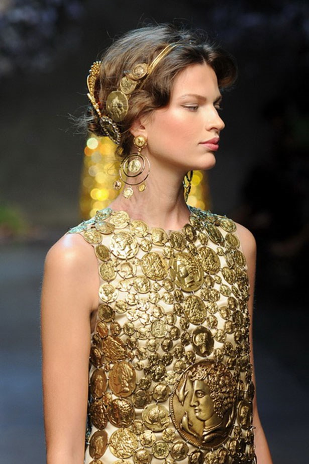 <p><strong>H is for headpiece</strong></p> <p>You can thank Dolce & Gabbana for fashion's latest obsession. Whether it's a gilded crown or lace cat ears, invest in a hair accessory, stat.</p> <p>Look by Dolce & Gabbana</p>