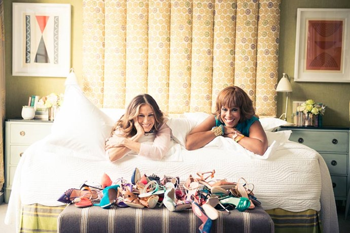 SJP and Gayle cosy up at the photoshoot. <br><em>Images courtesy of The Coveteur</em>