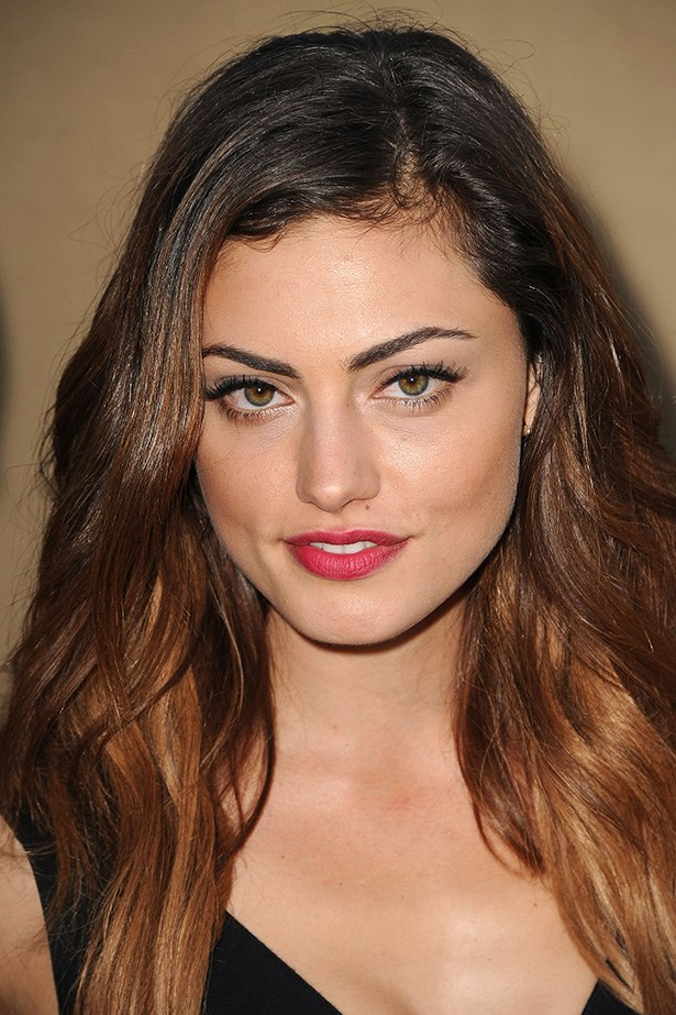 Originally from Sydney, Phoebe Tonkin now calls Los Angeles home. This brunette beauty has made it big with her starring role in <em>Vampire Diaries</em>.