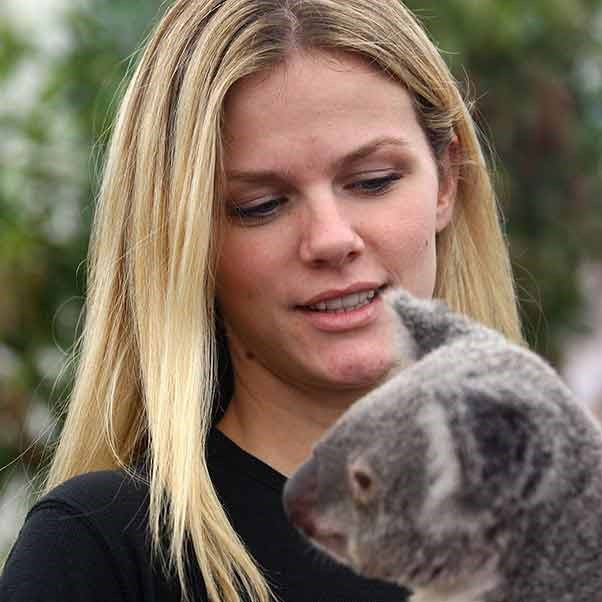 A relaxed looking Brooklyn Decker gets her koala fix.