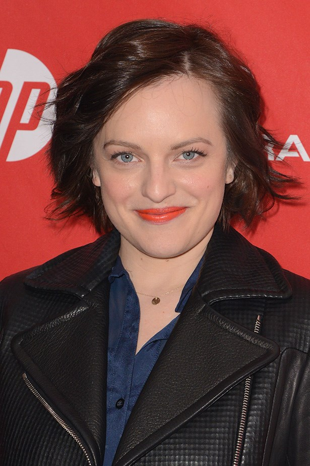 <em>Mad Men</em>'s Elizabeth Moss wore a coral lip to liven up her casual look.