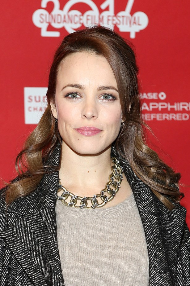 Rachael McAdams' finished her look with a feminine dusty pink lip.