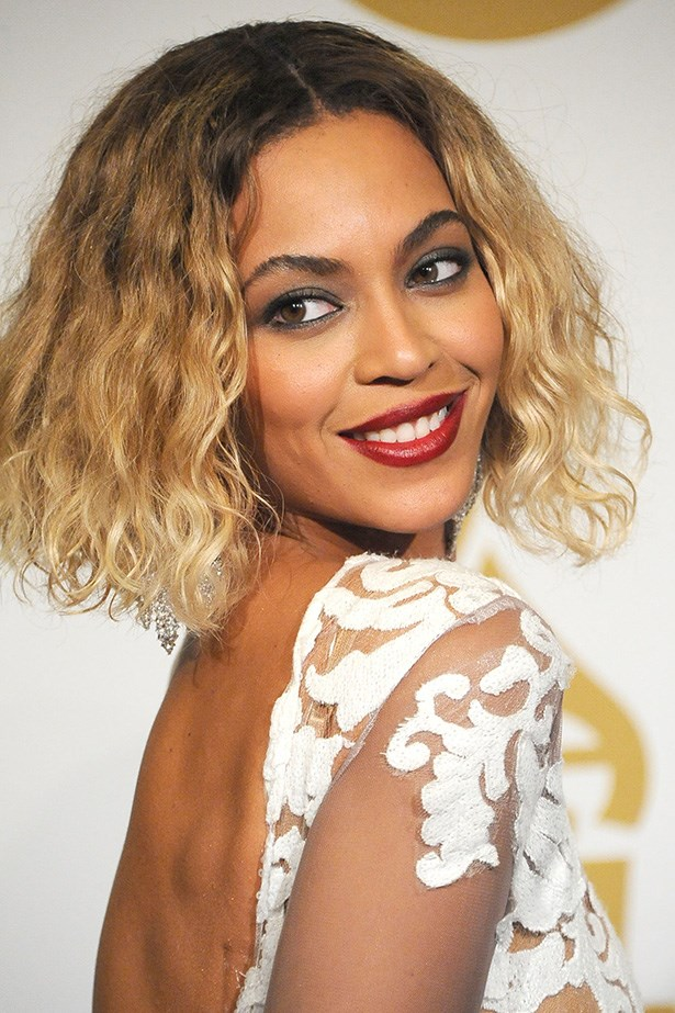 Queen Bey had everyone talking after her sultry performance with husband Jay Z. She stole the spotlight on the red carpet too, rocking a wavy bob and a strong red lip.
