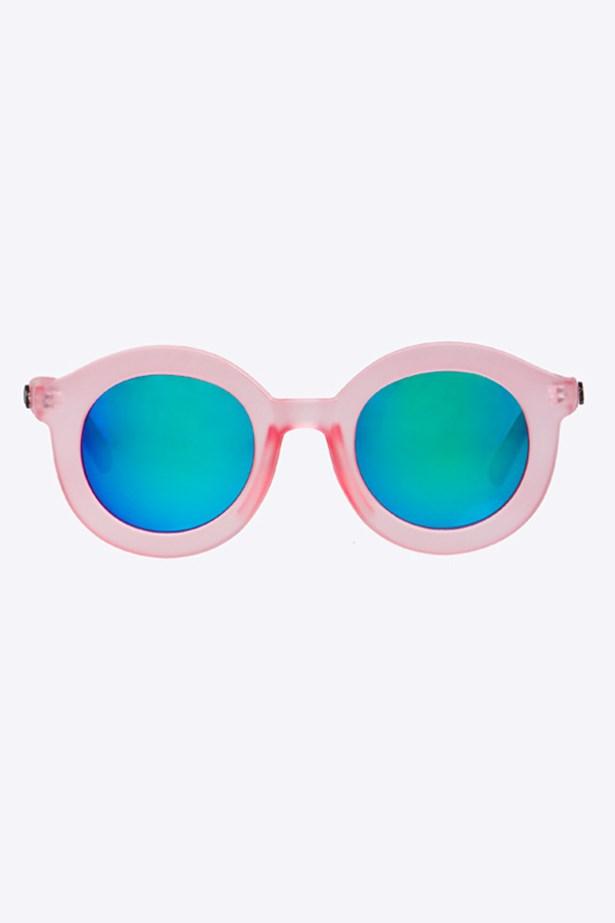 """Sunglasses, $30, Quay Eyewear, <a href=""""http://www.princesspolly.com.au"""">princesspolly.com.au</a>"""