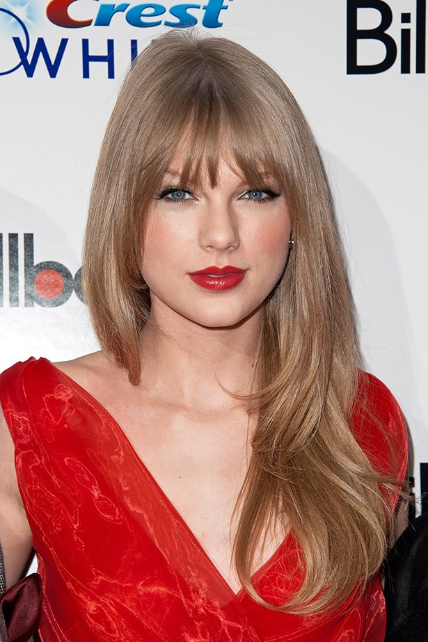 Sleek and simple, Swift went for a glossy blow-dry at Billboard's Sixth Annual Women In Music Event in 2011.