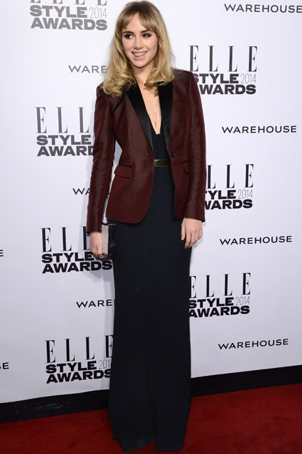 Suki Waterhouse suited up in a burgundy Burberry number at the Elle Style Awards 2014.