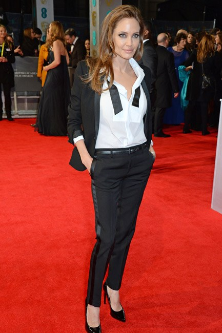 Angelina Jolie was <em>le smoking</em> in a Saint Laurent suit at the BAFTAs 2014.