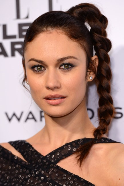 <strong>High plait</strong><br> Instantly upgrade your high-ponytail by plaiting it pretty like Olga Kurylenko.
