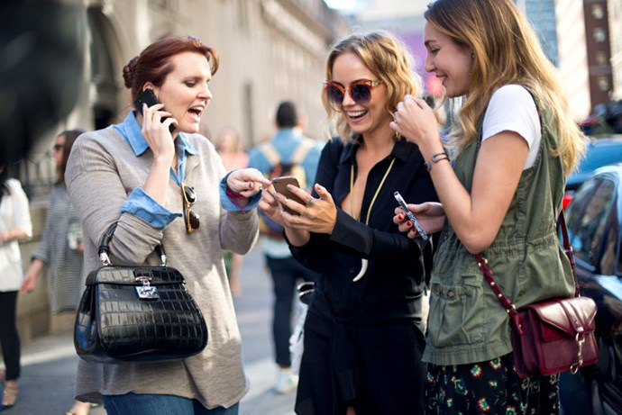 Sexting survey reveals many fake it