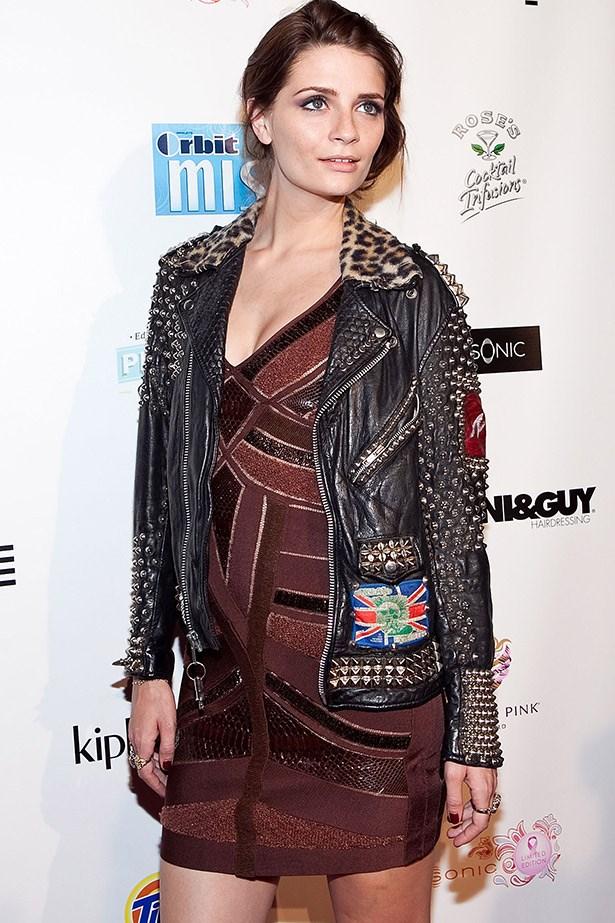 Micha Barton rocking a very Kirsten Stewart-y look at New York fashion week in 2009.