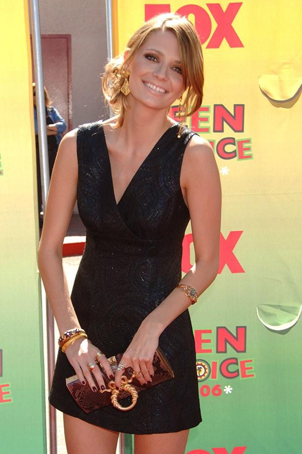 Mischa Barton wearing a Bebe mini shift dress and a Rachel Zoe for Judith Lieber Clutch at the 2006 Teen Choice Awards.