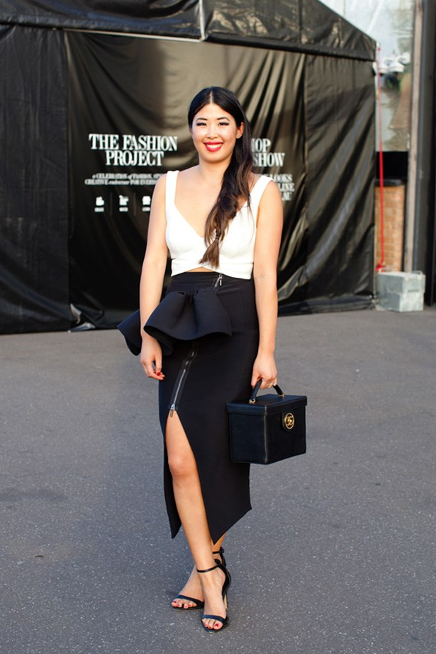 "Lisa Teh wears Bardot top, Toni Maticevski skirt and vintage Chanel clutch. <p>Photography: Liz McLeish</p> <p><a href=""http://www.elle.com.au/fashion/street-style/2014/3/vamff-14-street-style/vamff-nicole-warne/"">See the street style from day one of VAMFF</a></p>"