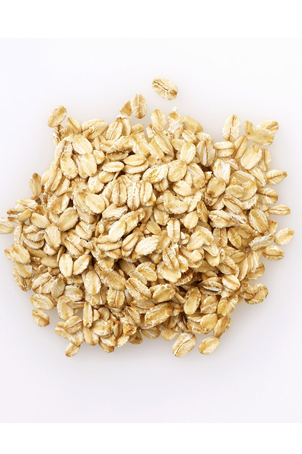 <strong>Oats</strong> <br> <br> Not only are oats a high-protein favourite for body builders and #cleaneating instagrammers, but did you know that they contain anti-inflammatory and moisturising properties, and when used as a mask, can be an effective soother for dry and irritated skin? You do now.
