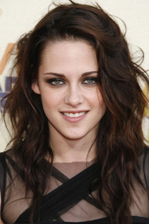 The star at her tussled, smouldering best at the 2009 MTV Movie Awards.
