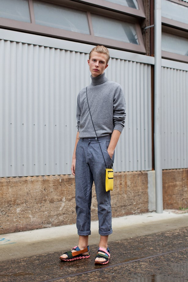 Dan Stewart wears Massimo Dutti knit, American Apparel pants, Camper Bernard Will Helm shoes and Rain bag.