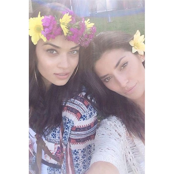 Shanina Shaik (pictured with a friend) for Best DIY Flower Crown.
