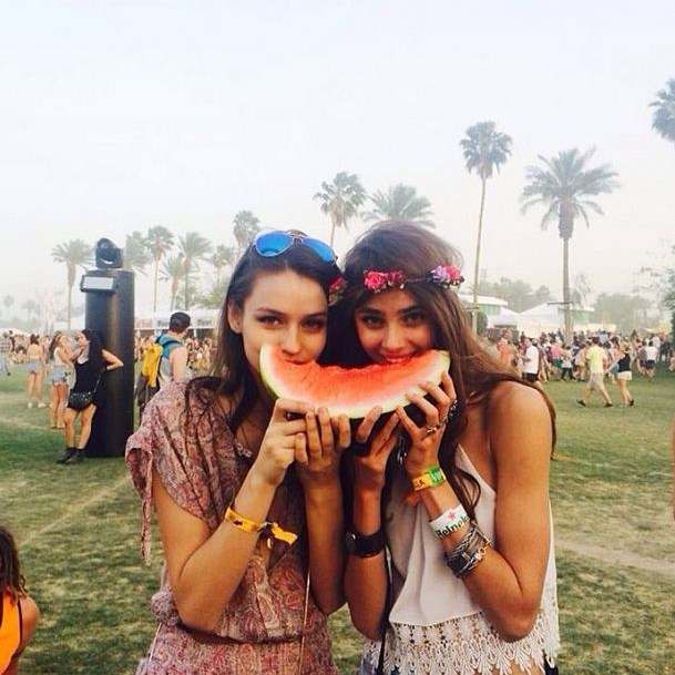 ELLE models Gabby Westbrook-Patrick and Taylor Hill for Best Use Of A Prop.