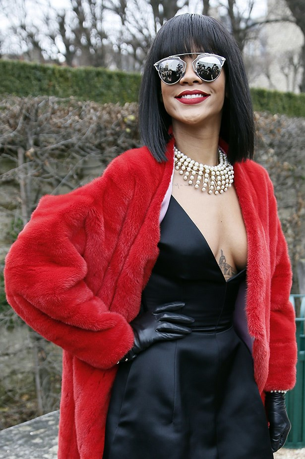 Rihanna used her pearl necklace to make a statement and prove they're just as luxe as diamonds.
