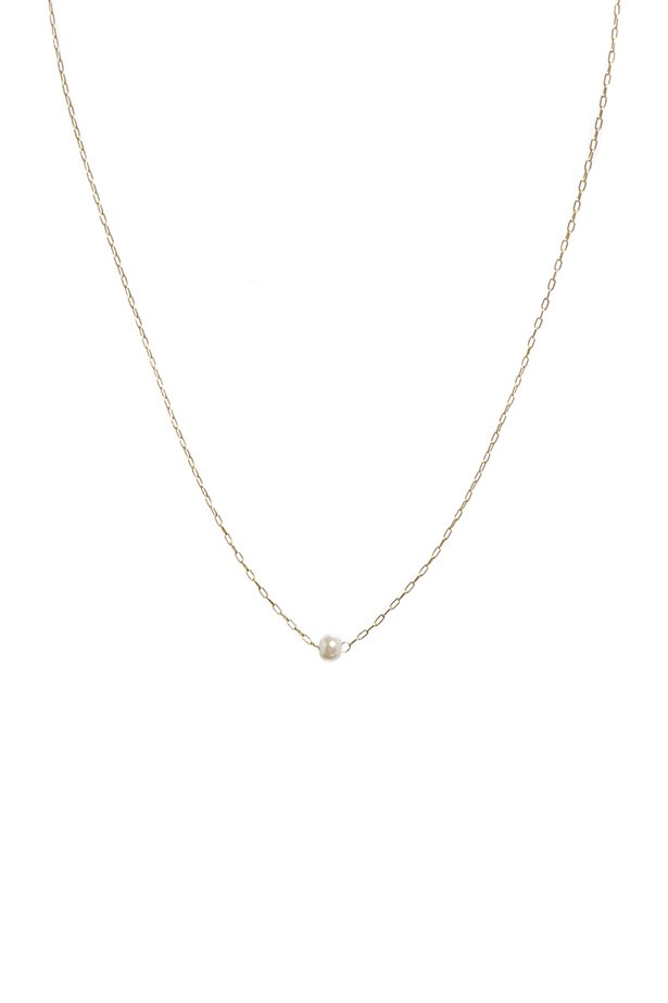 "Necklace, $9.72, ASOS, <a href=""http://www.asos.com/au/ASOS/ASOS-Fine-Faux-Pearl-Choker-Necklace/Prod/pgeproduct.aspx?iid=3885023&SearchQuery=pearls&sh=0&pge=0&pgesize=36&sort=-1&clr=Pearl"">asos.com</a>"