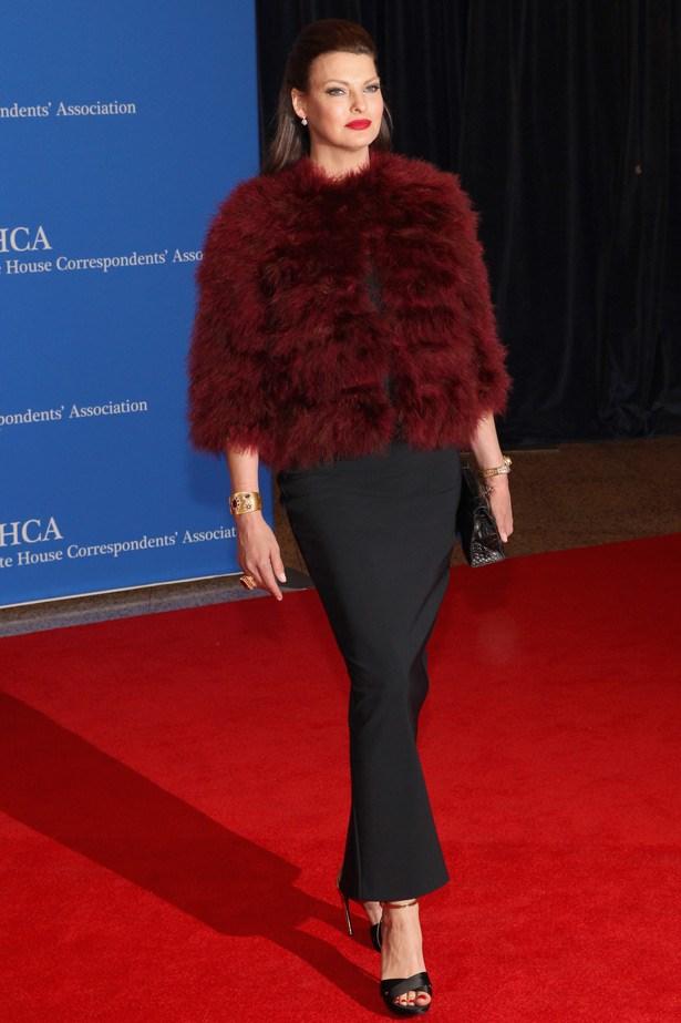 Linda Evangelista in a stunning maroon fur.