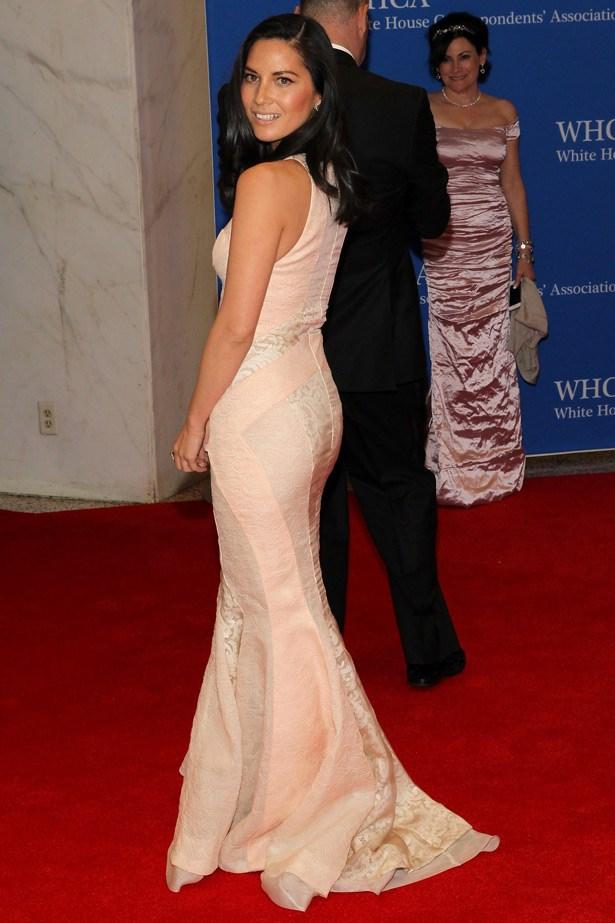 <em>The Newsroom</em> and<em> Magic Mike </em>star Olivia Munn in J.Mendel.
