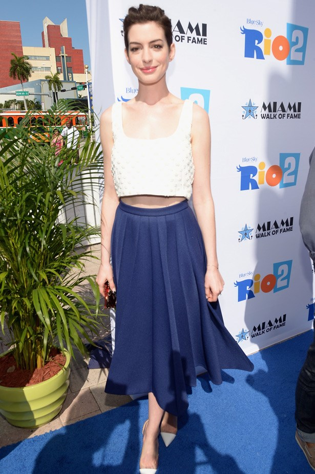 Anne Hathaway shows the feminine dressers how to rock the trend.