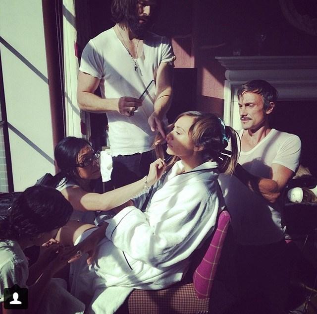 Rashida Jones' stylist Brad Goreski snapped this shot of Jones and her team.