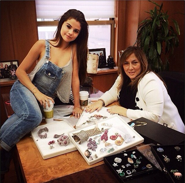 Tough decisions: Selena Gomez selects her jewels.