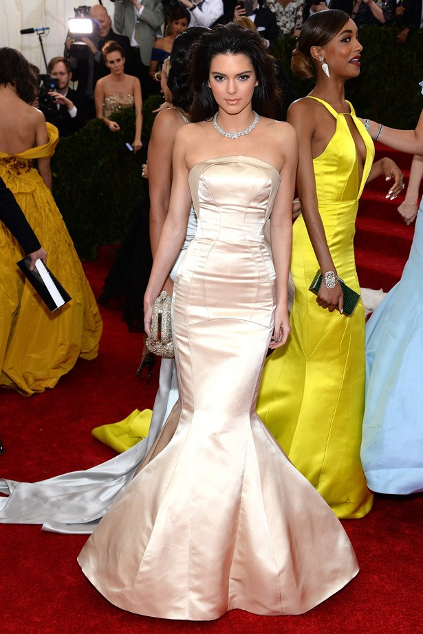 Kendall Jenner channels big sister Kim (or Jennifer Lopez at the Academy Awards in 2002) in Topshop.