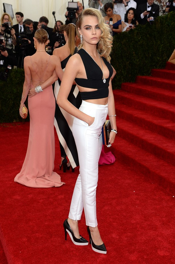 She may be under-dressed, but Cara Delevingne still rocked in Stella McCartney.