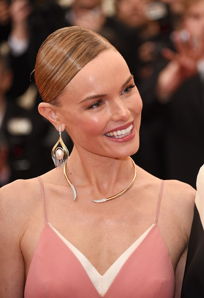 Kate Bosworth wore a Stella McCartney gown with a Jimmy Choo clutch, Ana Khouri earrings and Vieri Lily Love rose gold diamond ring.