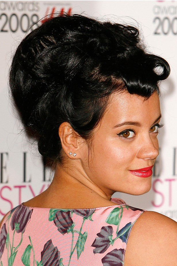 Lily Allen attends the ELLE Style Awards in 2008 with a classic beehive up-do and warm red lips.