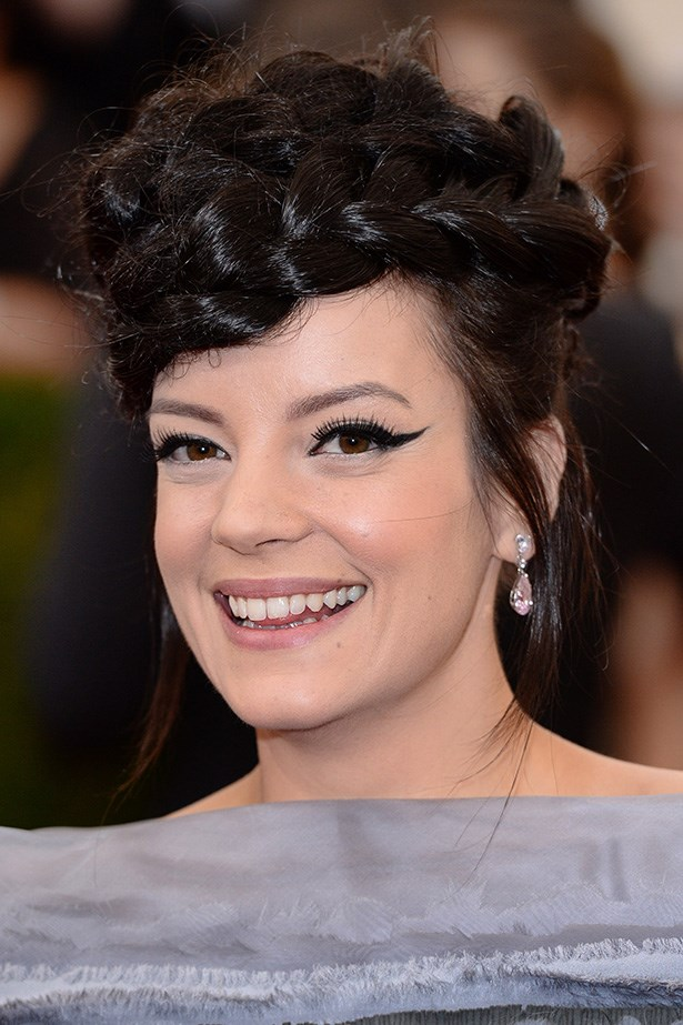 Allen rocked a defined cat eye and an intricate braided updo at the 2014 Met Gala.