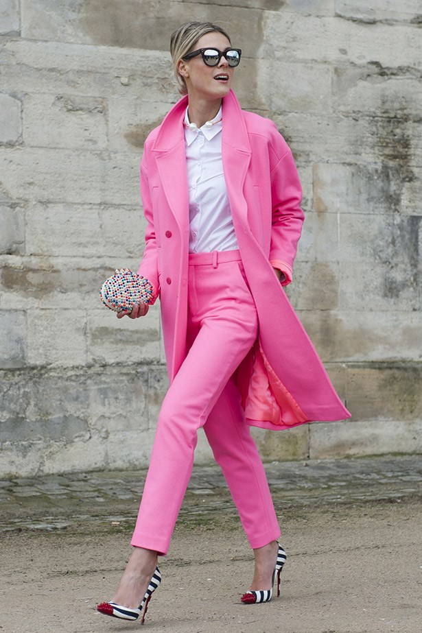 We 100% encourage anyone wanting to bust out a double-pink look this season, just be sure to keep everything else super-simple. That means taking this girl's cue of a clean, white shirt, structured clutch and simple pumps.