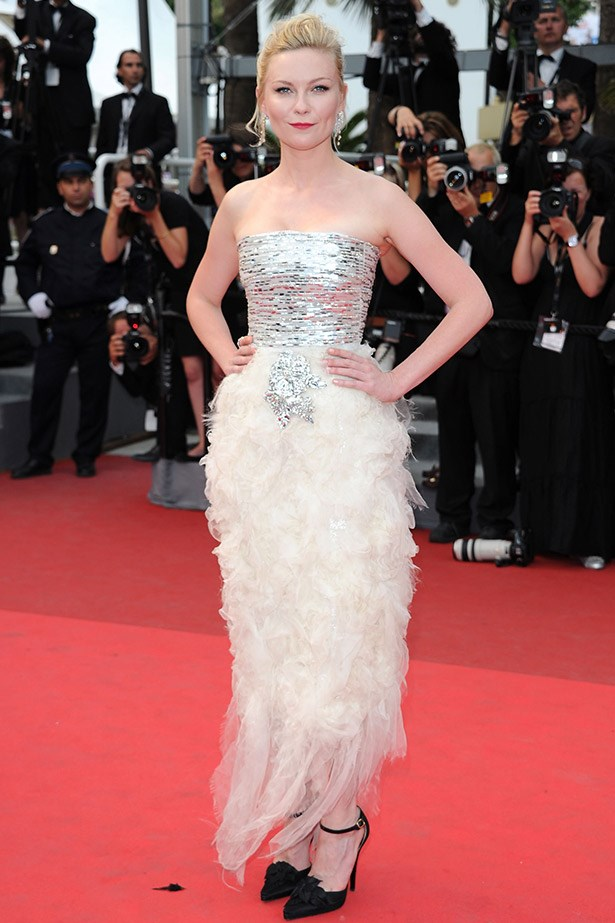 Kirsten Dunst wearing Chanel Couture in 2011