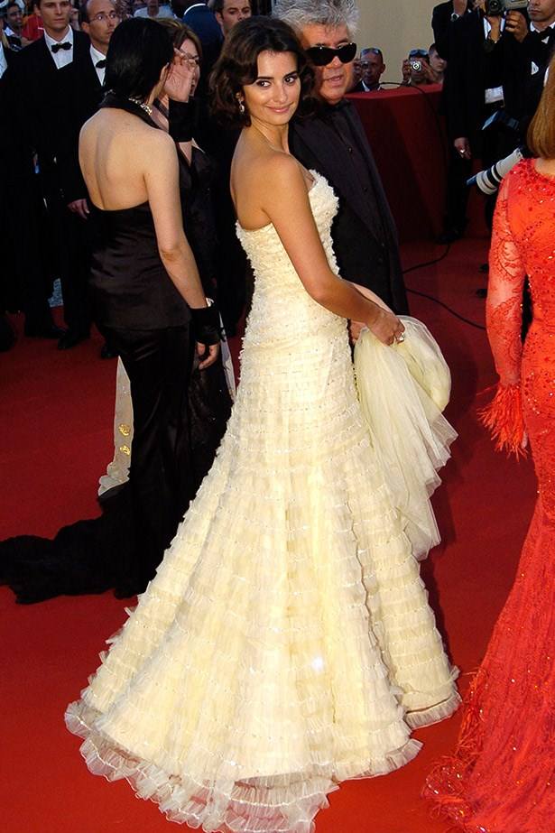 Penelope Cruz wearing a beautiful tiered gown by Elie Saab