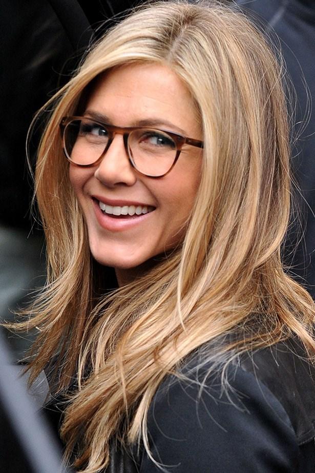 "Geek-chic. Jennifer Aniston on the ""Wanderlust"" set in 2010"