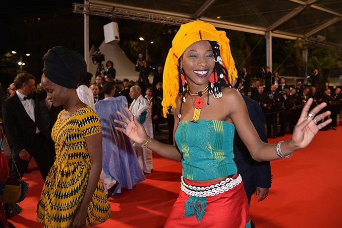 The vibrant and beautiful cast of <em>Timbuktu</em> make their way down the red carpet.