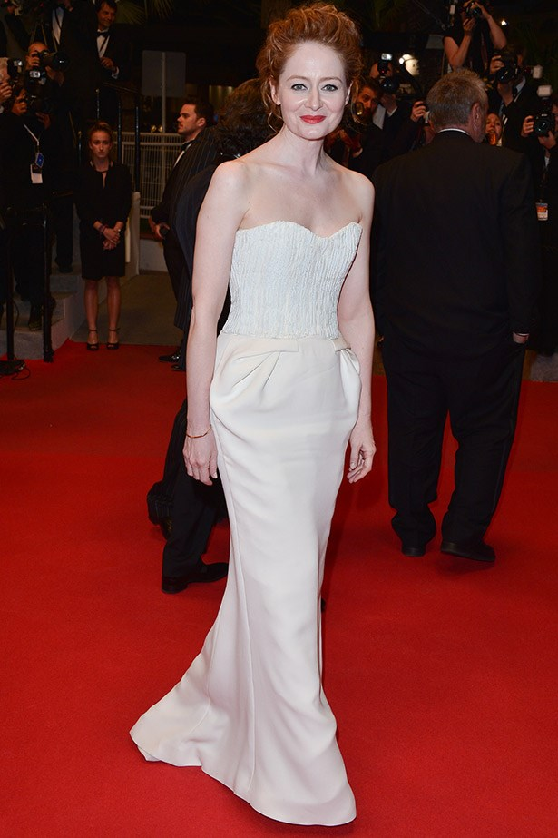 Another great strapless white gown, this time worn by the ever-elegant Miranda Otto, at the premiere for <em>The Homesman</em>.