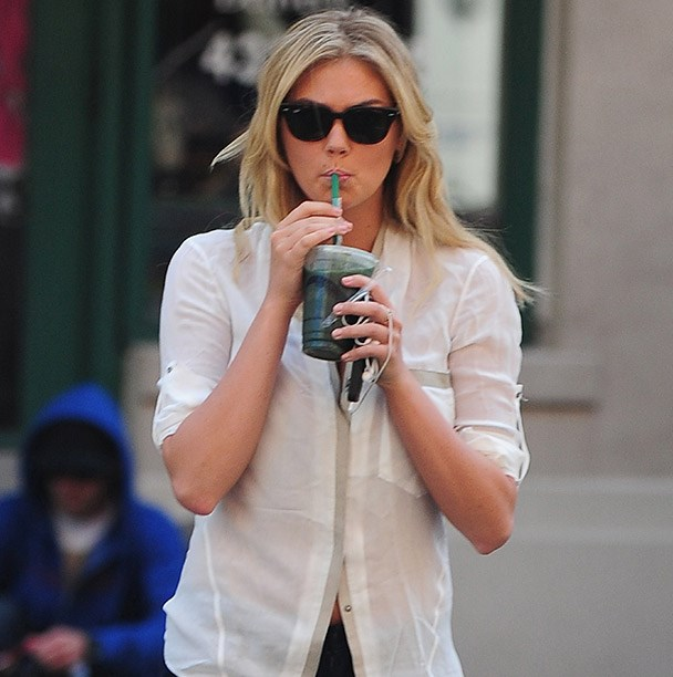"""<strong>On Alcohol:</strong><br><br> """"A night of binge drinking can really undermine what you are doing. If you are on a shoot, you want to look your best, and if you are drinking, you aren't going to be able to do that. I don't care who you are."""" Kate Upton's beverage of choice?  A green juice."""
