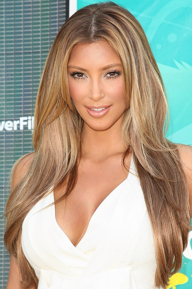 Lets get loud: Kim Kardashian tries J-Lo blonde on for size in 2009